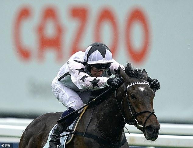 Oscula ganó el Woodcote Stakes en la reunión del Derby de Epsom y es candidato de Albany Stakes