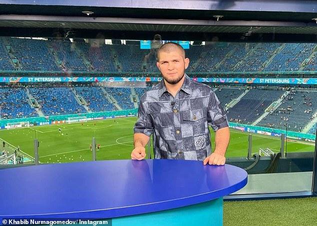 Habib estuvo en el estadio Crestovsky el sábado y Rusia perdió ante Bélgica 3-0 en la Eurocopa 2020.