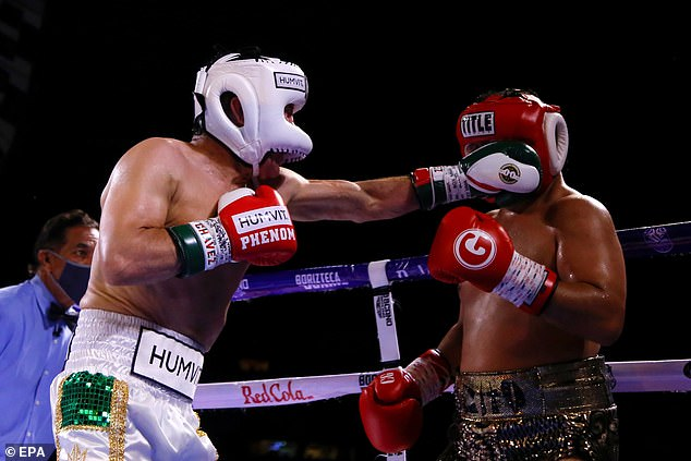 Chaves se enfrentó a Héctor Camacho Jr en exhibición contra el hijo de uno de sus antiguos rivales