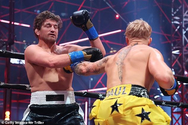 Paul está entrando en la pelea después de haber derrotado a Ben Askren en una victoria técnica por nocaut en abril.