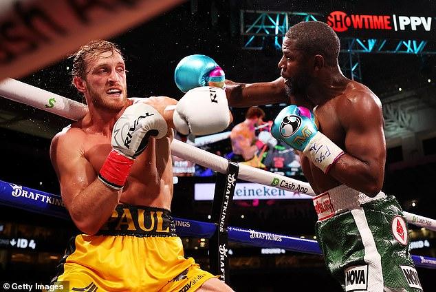 Logan Paul dice que 'no está tan mal' después de sobrevivir a ocho rondas con Floyd Mayweather