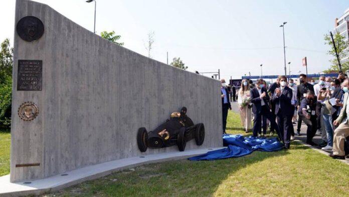 MiMo 2021, el monumento a Alberto Ascari, campeón de Fórmula 1, inaugurado en Milán