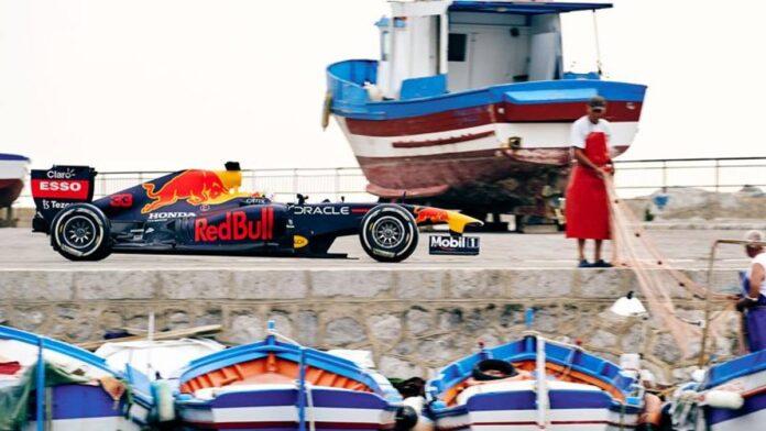 Red Bull, un monoplaza de F1 en las calles de Palermo
