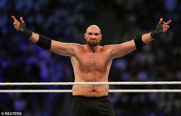 Tyson Fury parece listo para regresar al escenario de la WWE después de ser eliminado por Drew McIntyre