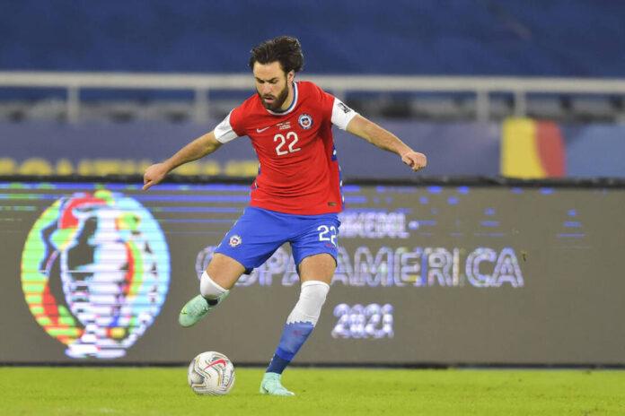 (Video) Ben Brereton de Blackburn Rovers se ubica en casa en el primer gol contra Bolivia por el primer gol de su carrera con Chile