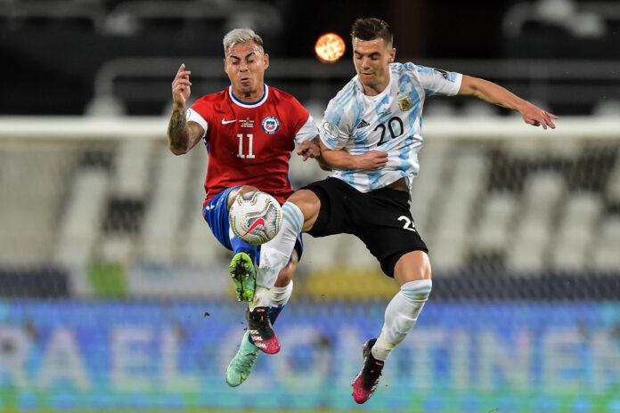 (Video) Emiliano Martínez salva de penalti para Argentina;  Eduardo Vargas de Chile anota en la segunda oportunidad