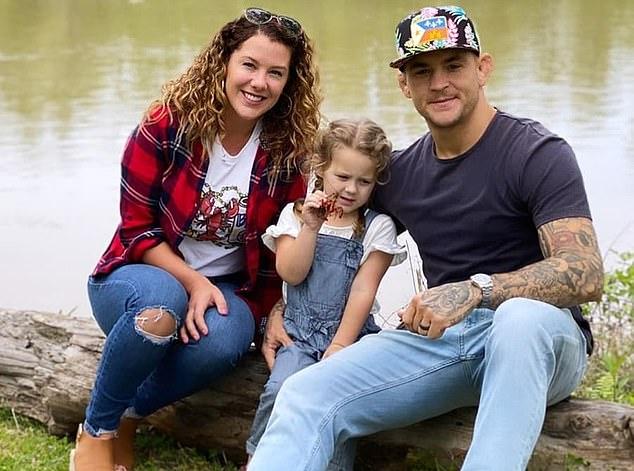 Poirier priorizó el dinero para su familia sobre la oportunidad de luchar por un título de peso ligero