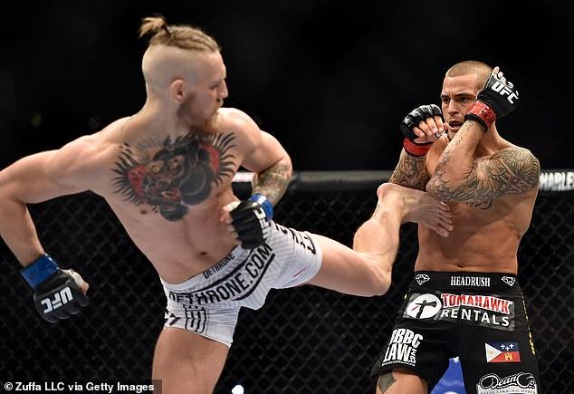 McGregor ganó la primera batalla y derrotó fácilmente a Poirier en la primera ronda del concurso.