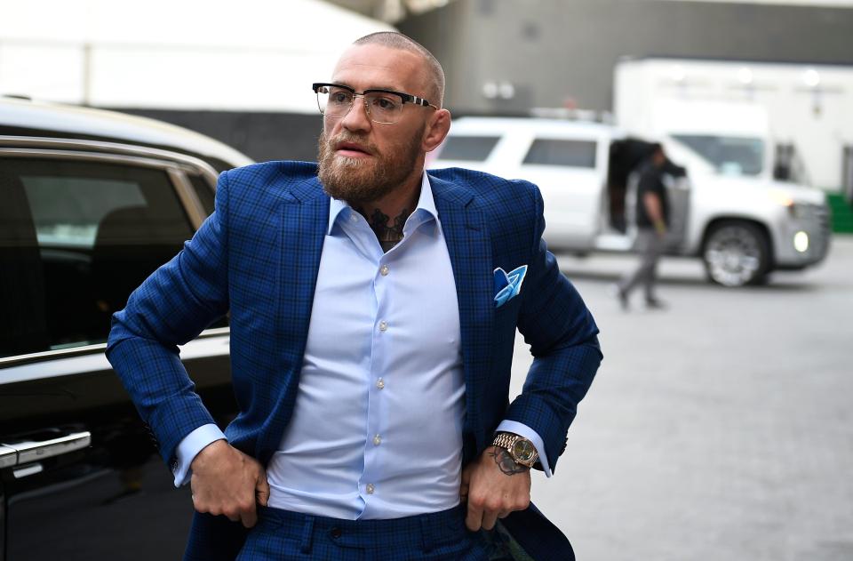 McGregor, de 31 años, es una leyenda de las MMA y es conocido por ponerse trajes extravagantes.