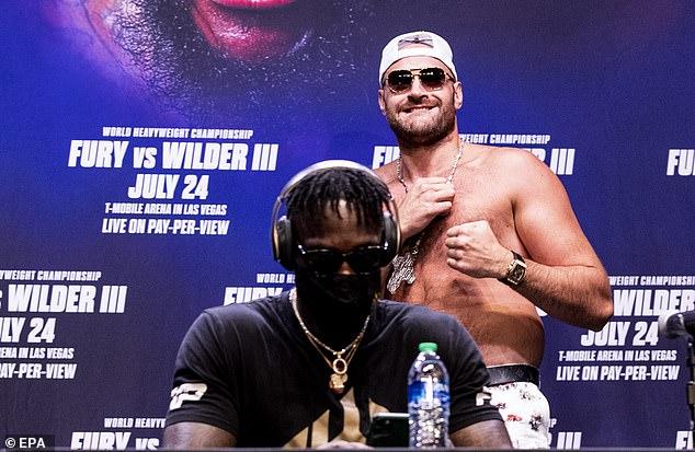 La pelea entre Fury (derecha) y Wilder se cancela después de que Gypsy King dio positivo por Covid