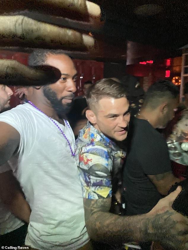 Después del Evento Principal de UFC 264, el estadounidense ganó elogios en un club nocturno en Las Vegas.