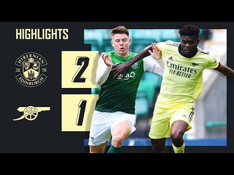 DESTACADOS    Hibernian vs Arsenal (2-1)    Amistoso de pretemporada    Puntuaciones de Smith Rowe