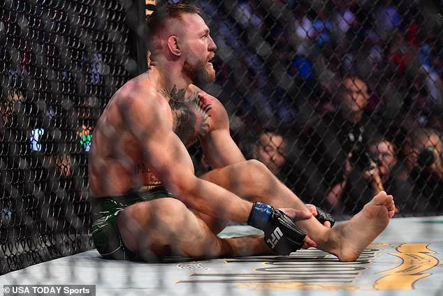 Conor McGregor se fracturó la pierna durante UFC 264 vs.Dustin Polier