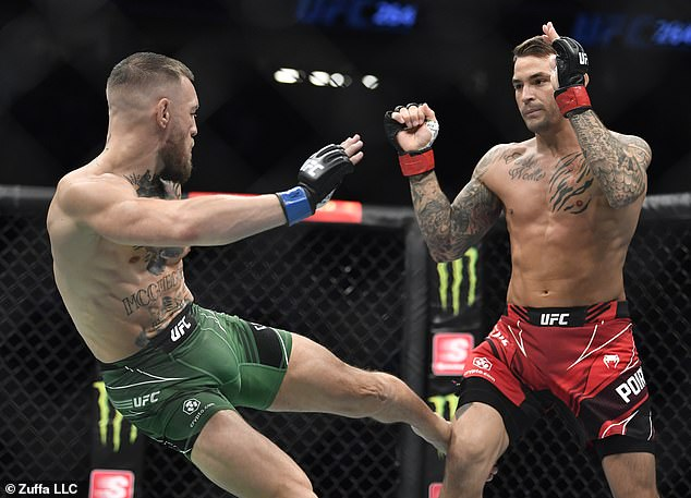 McGregor dominó el primer asalto, y luego el médico lo suspendió luego de romperse la pierna