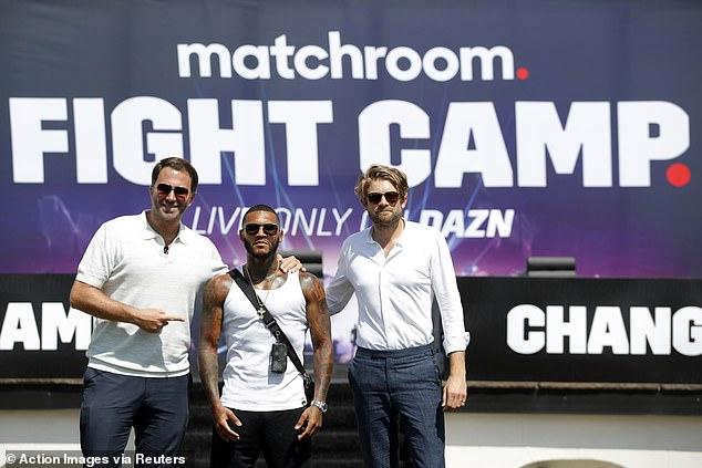 Conor Benn (centro) debía enfrentarse a Adrian Granados para iniciar el Fight Camp 2 de Matchroom