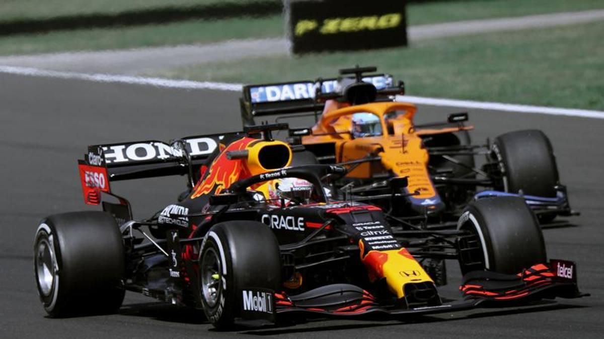 F1 GP Hungría, resultados FP1: Max Verstappen comanda, cuarto el Ferrari de Carlos Sainz