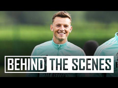 Primera sesión de entrenamiento de Ben White |  Detrás de escena en el centro de entrenamiento del Arsenal