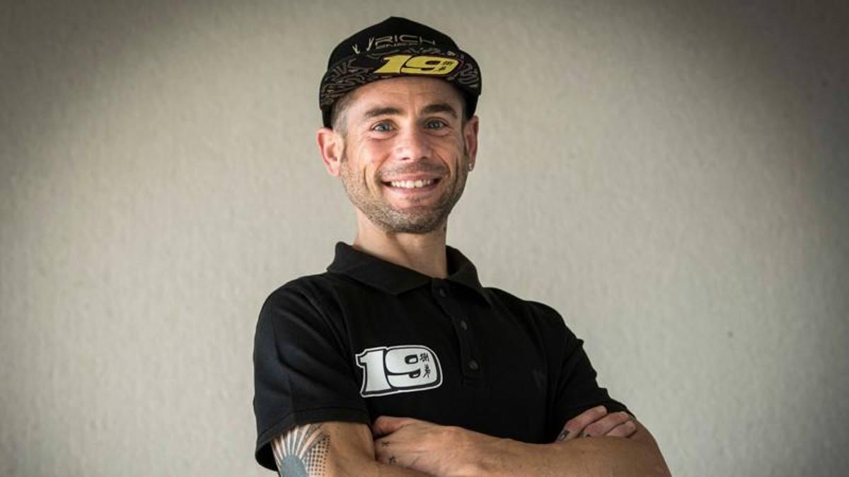 Bautista vuelve a la Ducati de fábrica, juntos para la temporada 2022