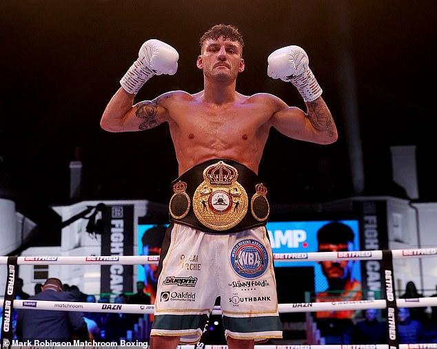 Leigh Wood produjo un paro brutal en el 12 ° asalto para ganar el título mundial de peso pluma de la AMB