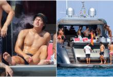 James Rodríguez del Everton parece vapear en Ibiza