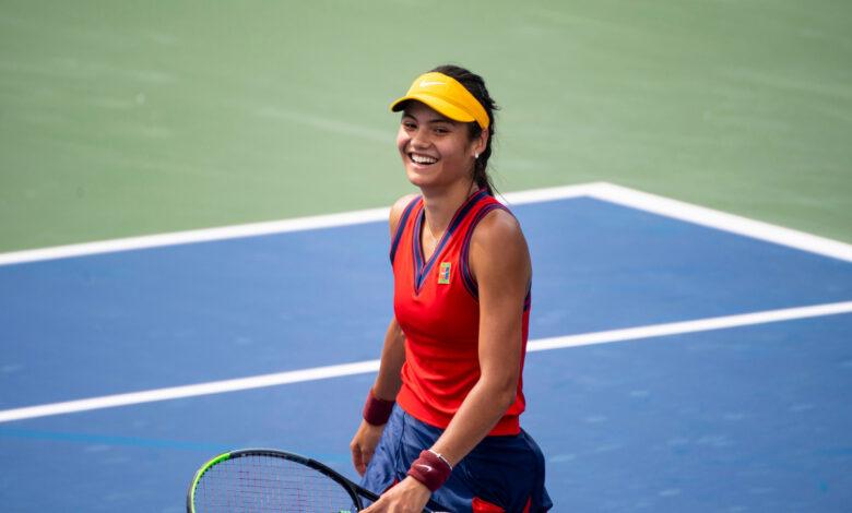 ¿Quién es Emma Raducanu?  La 'ilimitada' sensación del tenis británico que 'lo tiene todo' y enarbola la bandera en el US Open