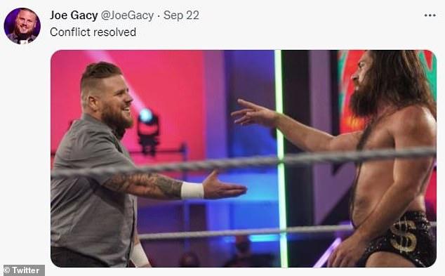Entonces Gacy intentó estrechar la mano de Grimes, tratando de mostrar su lado suave