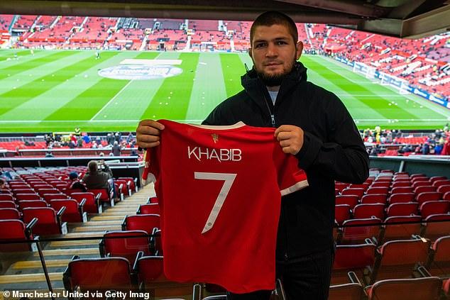 La semana pasada, Habib fue invitado en Old Trafford en el partido de la Premier League contra el Everton.