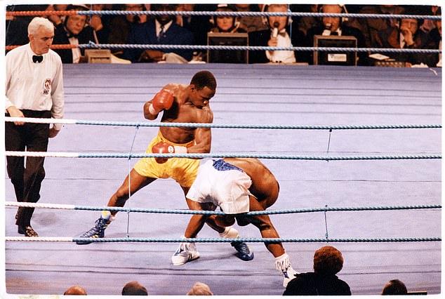 La última pelea en Old Trafford fue en 1993 cuando Chris Eubank luchó contra Nigel Benn.
