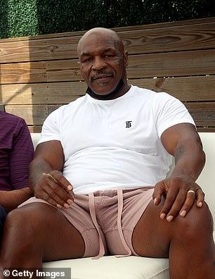 Tyson, ahora de 55 años, tuiteó su aprobación de un tremendo choque en Las Vegas