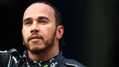 F1 Lewis Hamilton conoce a un fan de 105 años.  Video