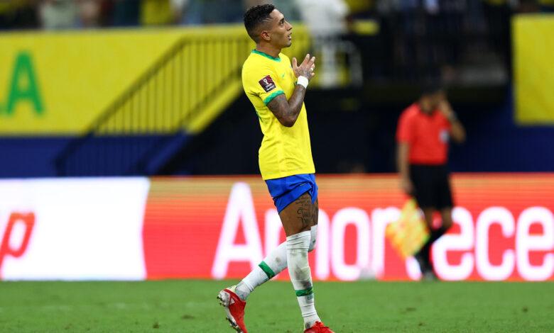 Neymar y Raphinha conectan en un contraataque contra Uruguay