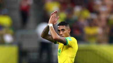 Raphinha del Leeds United aprovecha la terrible defensa de Uruguay para marcar para Brasil